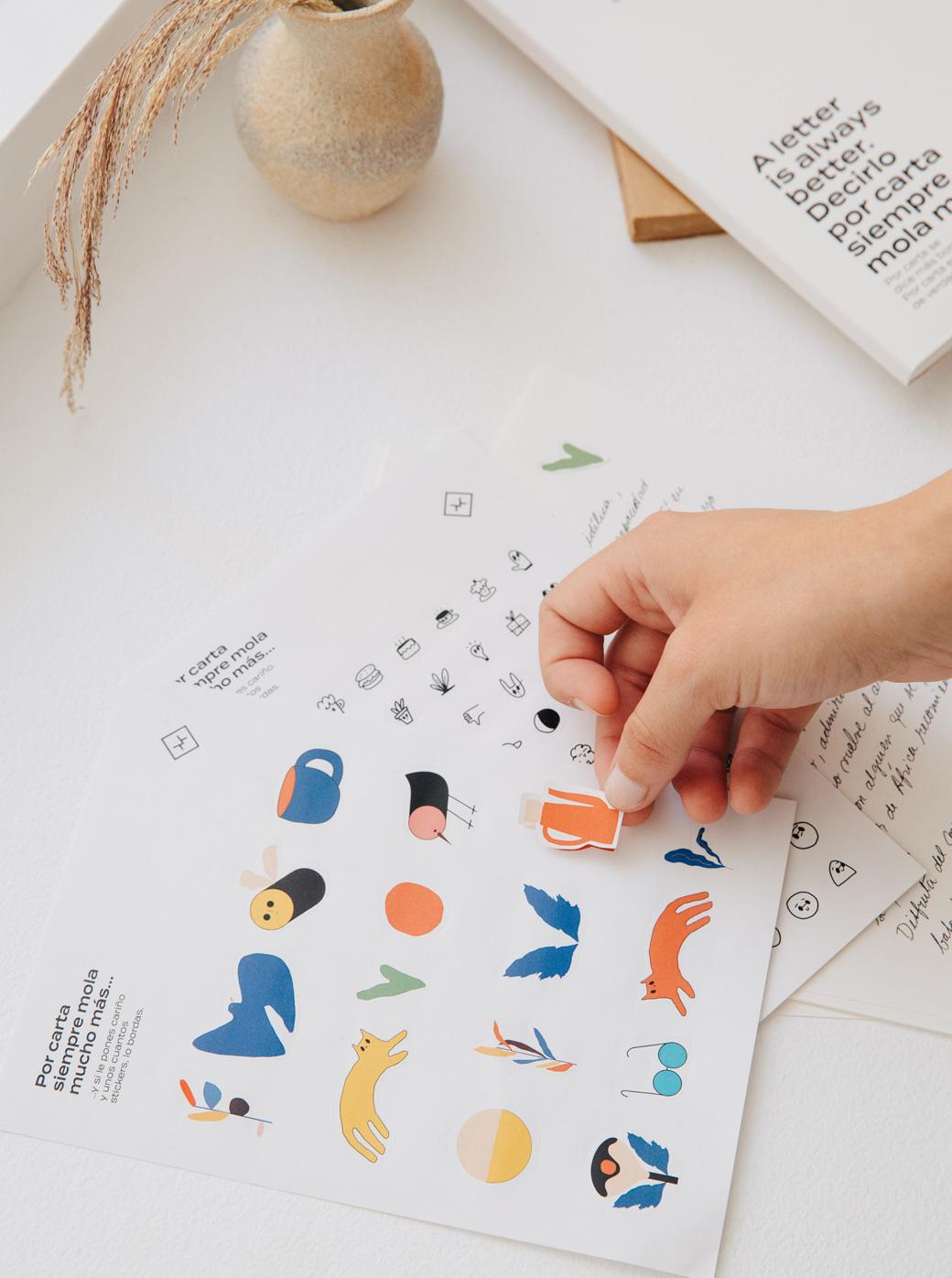 Pegatinas distintas emociones del set Conecta - Better by Letter
